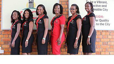 Ouganda : restrictions vestimentaires pour les femmes fonctionnaires