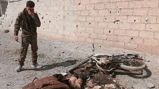 حملات ائتلاف آمریکایی به رقه در یکماه جان ۲۲۴ غیرنظامی را ستانده است
