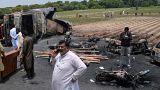 """باكستان تطلب التعويض من فرع تابع لشركة """"شل"""" على أضرار حريق الصهريج الذي أودى بحياة 200 شخص"""