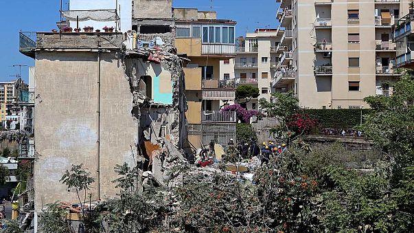 Összeomlott egy lakóház Nápoly