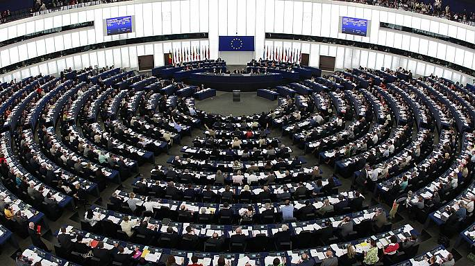 Skandal im Plenarsaal, Konfrontation mit Ankara, Anti-Protektionismusbündnis mit Japan