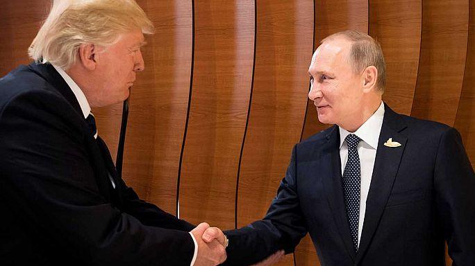 [Vidéo] Première poignée de main Trump-Poutine