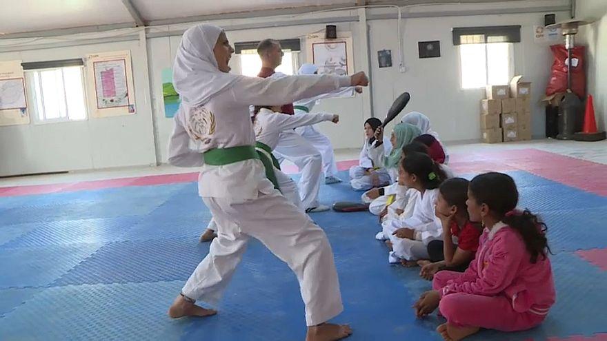 Taekwando für syrische Mädchen im Flüchtlingslager