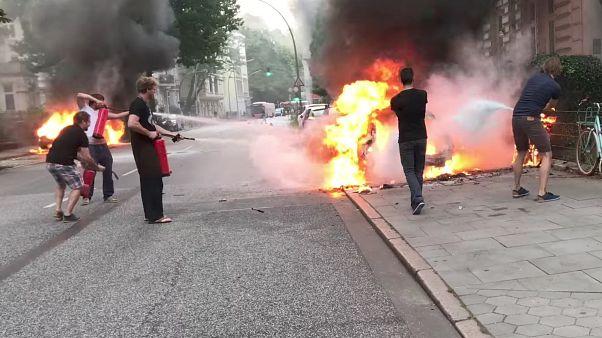 Гамбург: автомобили в огне