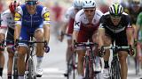 Kittel claims third stage win with six milimetres to spare