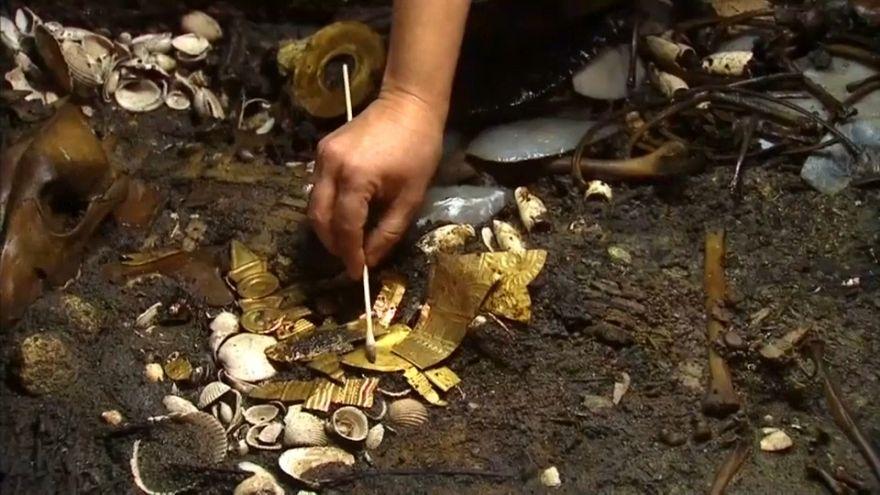 Archeologia: un lupo azteco a città del Messico