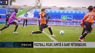 Football pour l'amitié : des enfants de toutes origines unis par la passion du foot