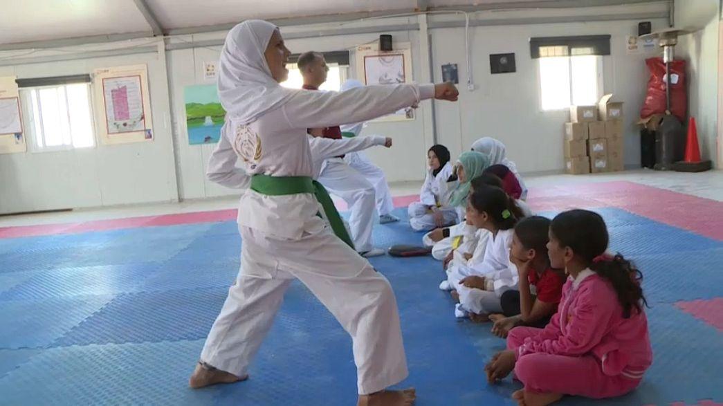 التايكوندو ملاذ اللاجئات السوريات للدفاع عن أنفسهن