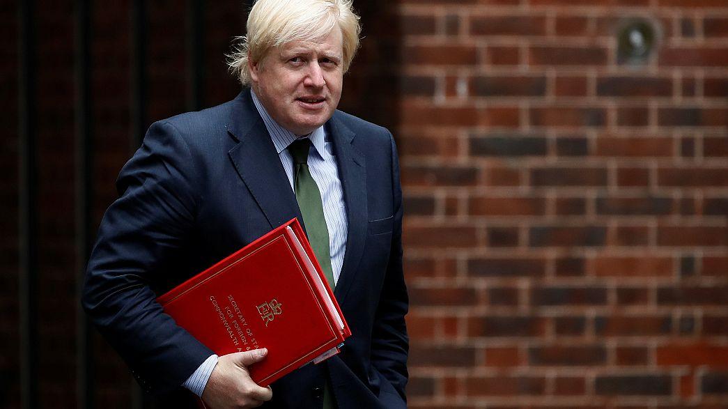 بريطانيا تدعو إلى انهاء الحصار على قطر