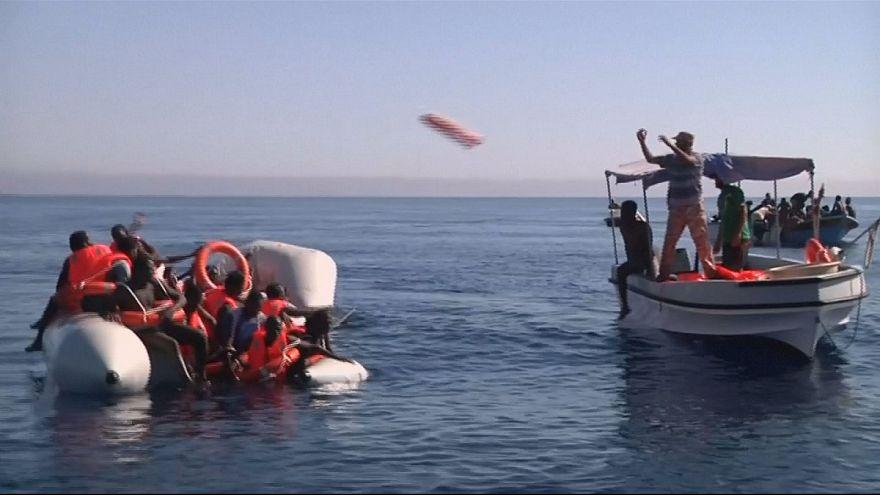 Libysche Küstenwache rettet Flüchtlinge, weitere vermisst