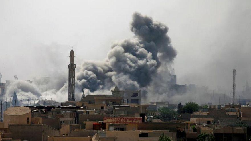 Le Premier ministre irakien dans Mossoul libérée