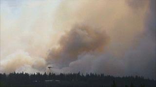 Pusztító erdőtűz Kanadában
