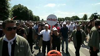 أطول مسيرة في تاريخ تركيا تصل إلى اسطنبول