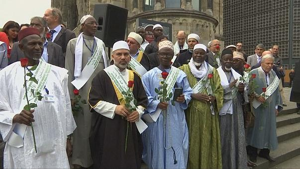 La marcha de imanes musulmanes llega a Berlín