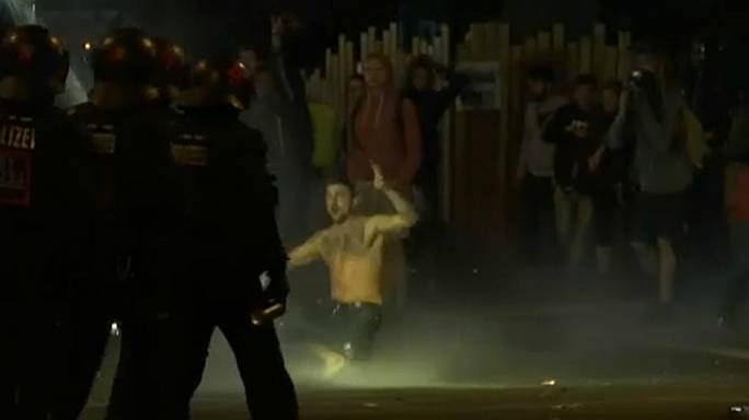 """Kudarcot vallott a hamburgi rendőrség"""