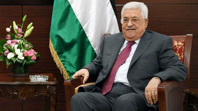 عباس يتوعد حماس بعقوبات فورية