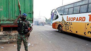 Côte d'Ivoire : d'anciens rebelles démobilisés bloquent une entrée de Bouaké