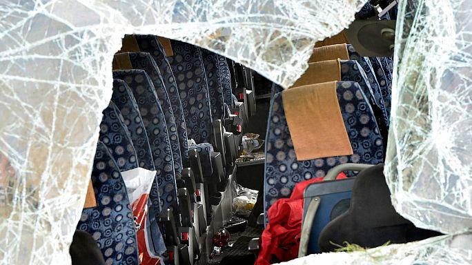 Negyvennél is több sérült két magyarországi balesetben