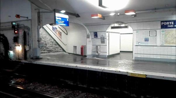 بسته شدن چند ایستگاه مترو در پاریس به دنبال بارندگی شدید