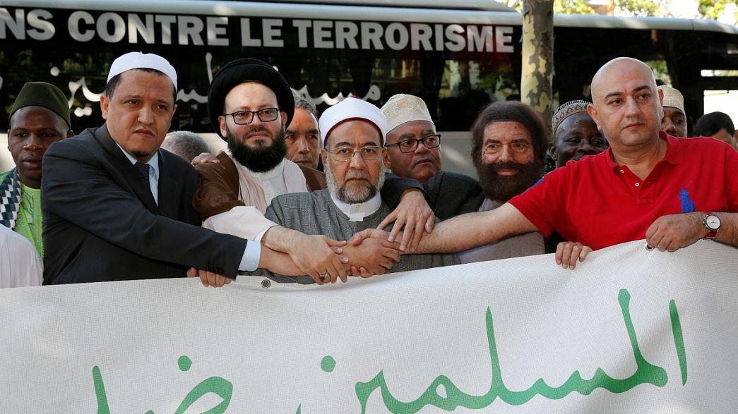 Bruxelas acolheu marcha de religiosos muçulmanos contra o terrorismo