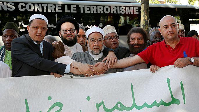 Teröre karşı Avrupa turuna çıkan imamlar Brüksel'de