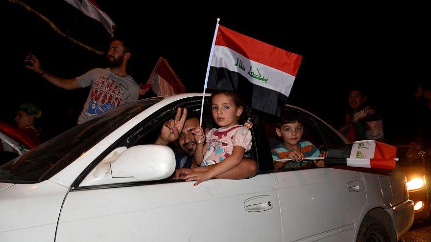شادی مردم در بغداد پس از آزاد شدن موصل