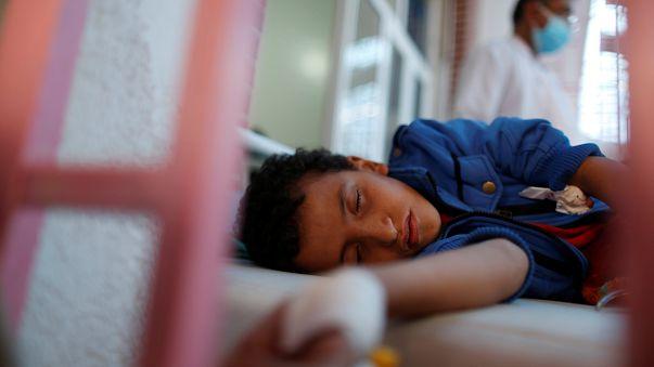 La epidemia de cólera en el Yemen avanza de forma incontrolada