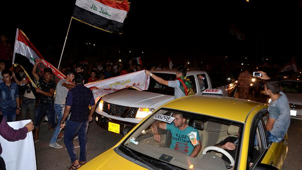 Regierungstruppen übernehmen Mossul - Iraker feiern