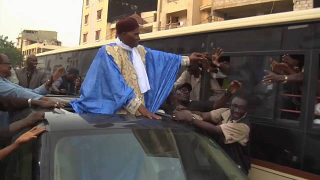 В Сенегале торжественно встречают экс-президента