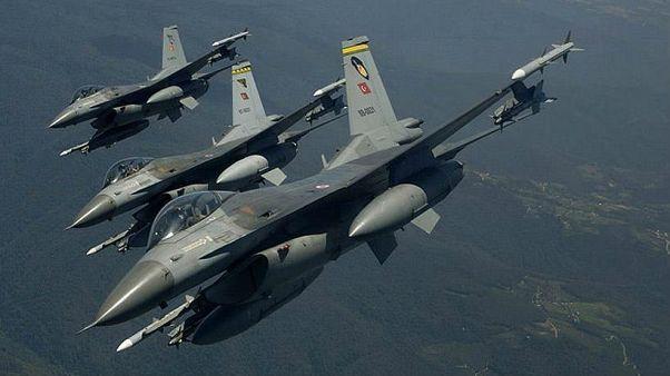 حملات هوایی ترکیه به مناطق کردنشین یازده کشته برجای گذاشت