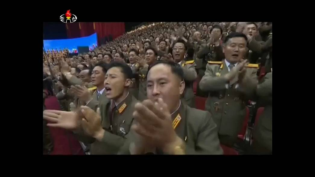 Pyongyang celebra lançamento de míssil