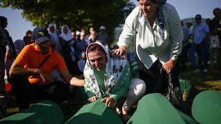 Opfer des Srebrenica-Völkermordes umgebettet