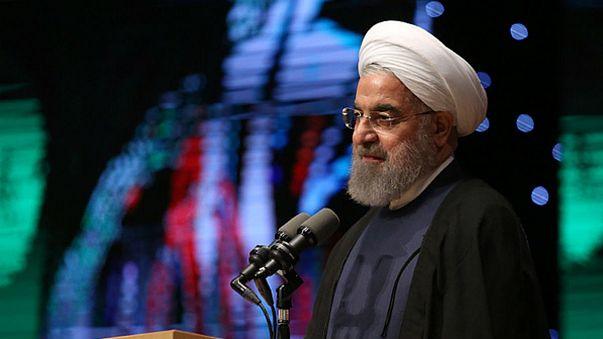 روحانی: پول سلاح عراق و نیازهای مردم سوریه را ما دادیم