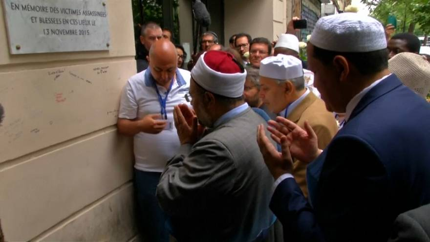 Marcha dos imãs passou pelo Bataclan