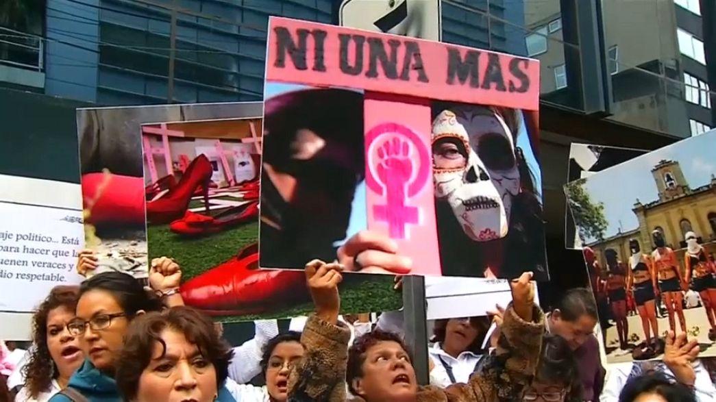 """""""Justicia"""" frente a los feminicidios en México"""