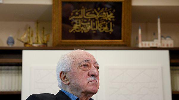 فتح الله گولن: اگر آمریکا بخواهد مستردم کند فرار نمی کنم