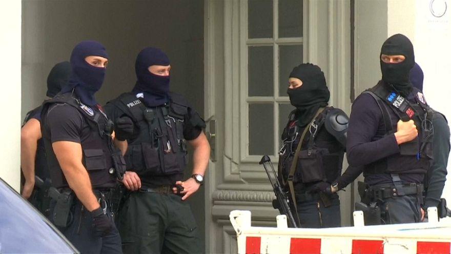 """Vários suspeitos detidos na """"corrida ao ouro"""" da polícia alemã"""