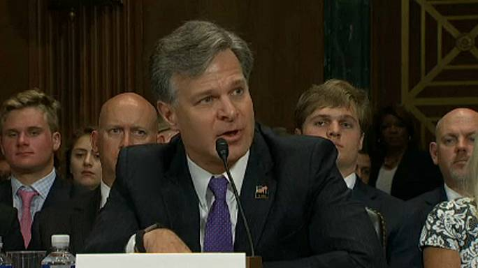 Le futur directeur du FBI montre patte blanche