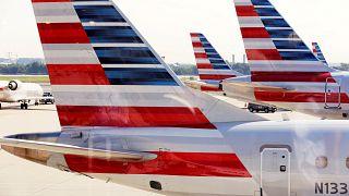 """إعانات غير مشروعة تعجل بطلاق """"أميركان أيرلاينز"""" مع """"الخطوط الجوية القطرية"""" و""""الاتحاد للطيران"""""""