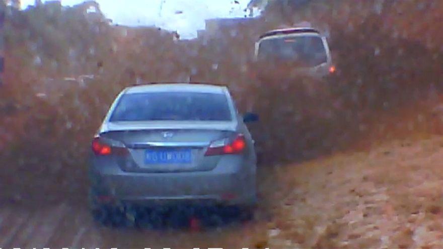 Coulée de boue spectaculaire en Chine