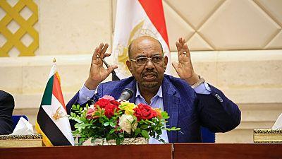 Bashir suspends Sudan's talks with U.S. over sanctions