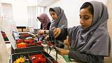 آمریکا به دختران دانش آموز افغان برای شرکت در مسابقه رباتها ویزا میدهد