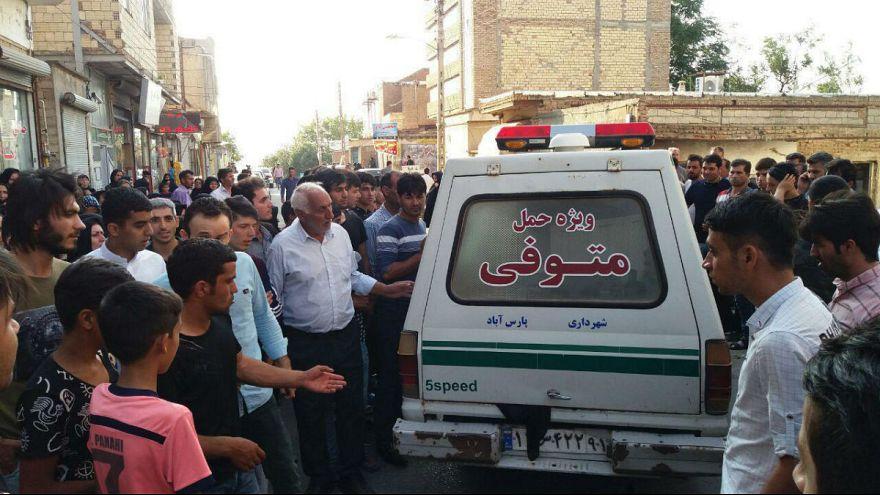 از روحانی تا تتلو؛ واکنشها به ماجرای قتل آتنا یک روز پس از خاکسپاری