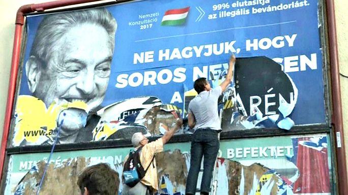 Leszedik a Soros-plakátokat