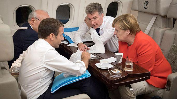 """""""Breves de Bruxelas"""": avisos a Kiev, Merkel e a reforma da zona euro"""