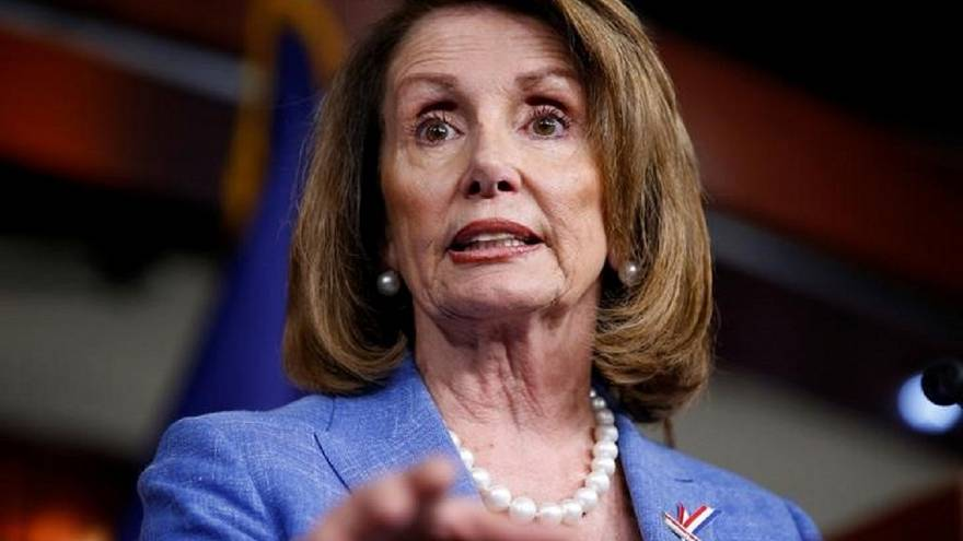 """""""جمعة بلا أكمام"""" للنائبات في الكونغرس الاميركي"""