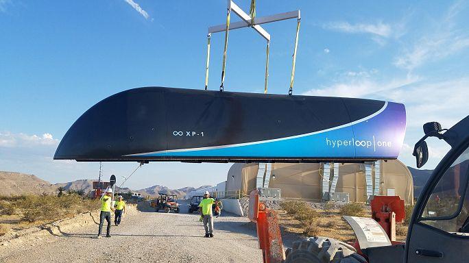 Im Vakuum durch die Röhre - Hyperloop-Test erfolgreich