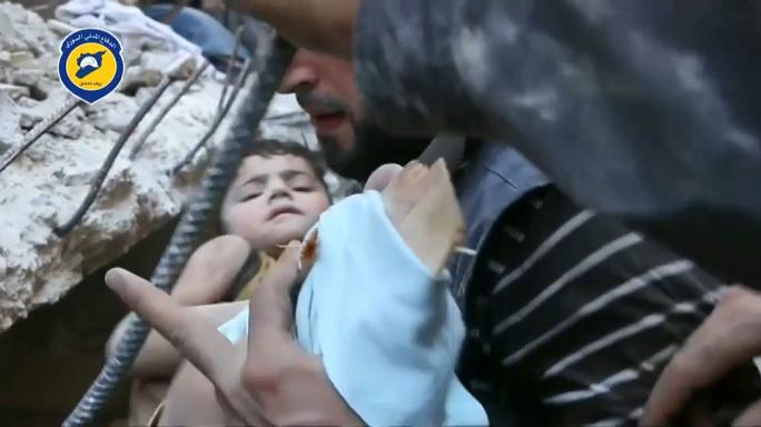 قصف جوي سوري على عين ترما يخلف سبعة قتلى