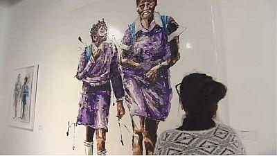 Art contemporain : Mbongeni Buthelezi recycle les matières plastiques en chef-d'oeuvre