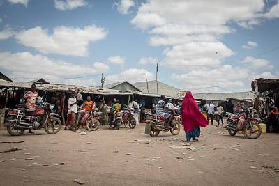 A busy street inside the Dadaab refugee camp.